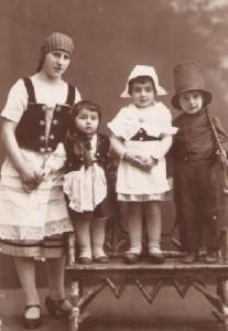 Laure, Margot, Hugo, Purim 1927